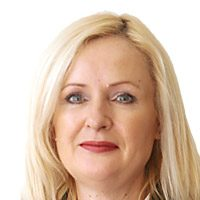 Sarah Tay - emlak danışmanı